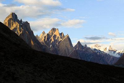 The sun sets as we looks towards the Trango group.