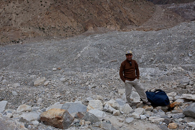 Murad with a portion of the Baltoro behind him.