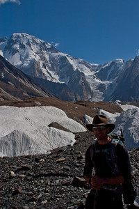 Matthew kindly took a picture of me in front of Broad Peak.