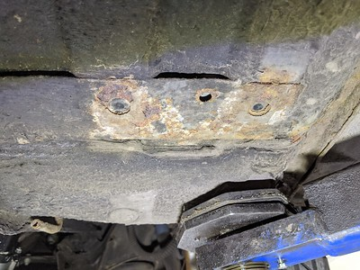 OS FRONT FLOORPAN SURFACE RUST