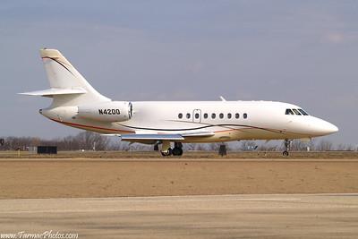 DassaultFalcon2000N4200_22