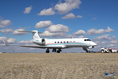 GulfstreamG550N890A_1