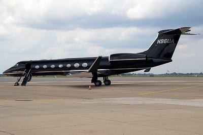 GulfstreamG550N96UA_1