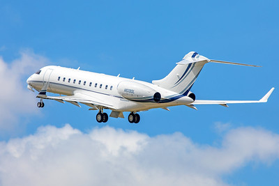 PNC Financial Services Group Bombardier BD-700-1A11 Global 5000 N513DL 5-23-18