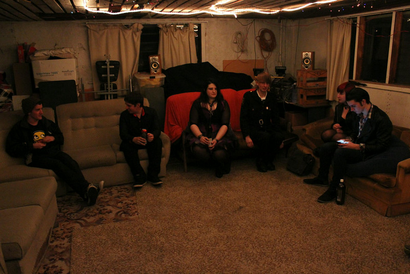 Patrick, Scott, Marama, Jos, Ashleigh, Patrick (photo from Phil)
