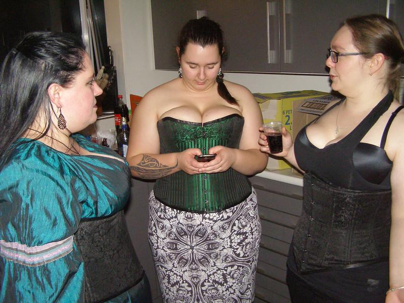 Rrochelle, Aimee, Karlia