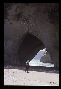 © RobAng 1989, New Zealand by bicycle, Cathedral-Cove (Coromandel), 2.2.1989