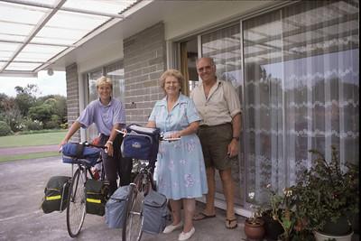 © RobAng 1989, New Zealand by bicycle, Inglewood, 21.2.89