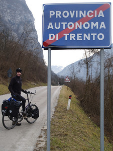 Etappe Trento-Oderzo (ITA) - on the way to Istanbul by bicycle / © Rob Tani, Jan. 2008