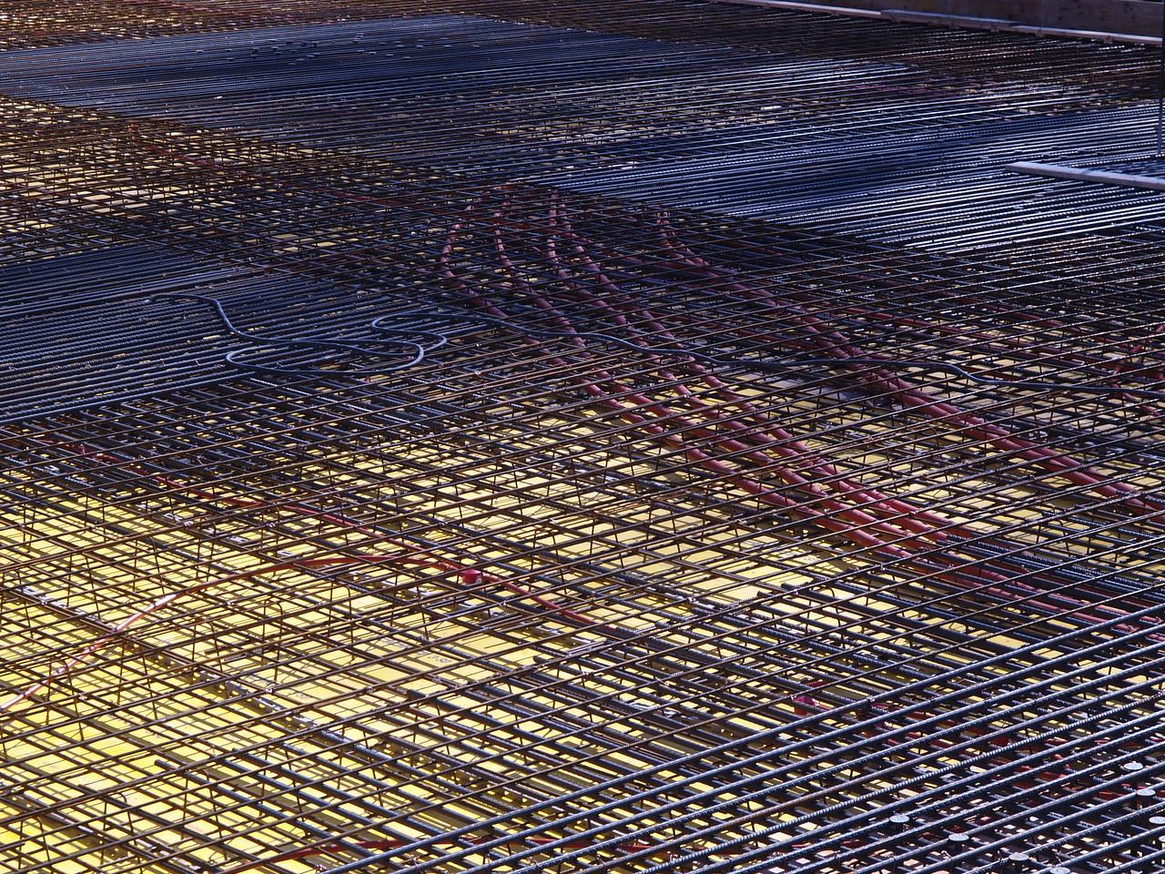 11.3.07: Kunst am Bau? ( Bodenplatte der Neuüberbauung Eulachgarage Winterthur..)