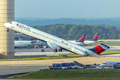 Delta Air Lines McDonnell Douglas MD-88 N910DE 7-5-18