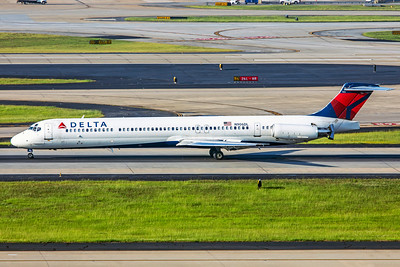 Delta Air Lines McDonnell Douglas MD-88 N906DL 7-5-18