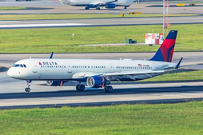 Delta Air Lines Airbus A321-211 N335DN 7-5-18