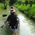 conche: canal de petites dimensions que l'on trouve principalement dans le marais Poitevin