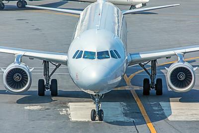 American Airlines Airbus A321-231 N510UW 8-16-18 3