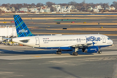 jetBlue Airways Airbus A320-232 N566JB 2-14-18 2