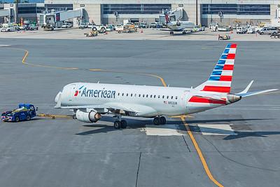 American Airlines Embraer ERJ-190-100IGW N952UW 8-16-18