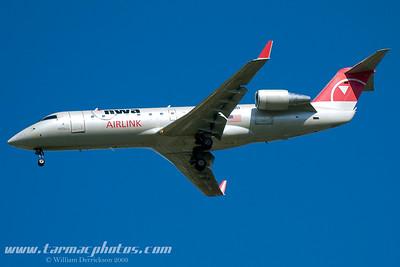 PinnacleAirlinesBombardierCL6002B19N8970D_8