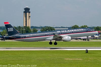 USAirwaysAirbusA321211N182UW_23
