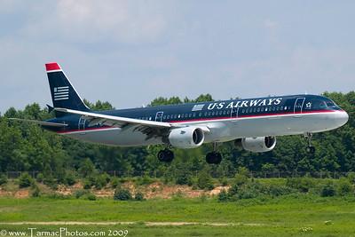 USAirwaysAirbusA321211N178US_44
