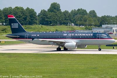 USAirwaysAirbusA320214N117UW_46