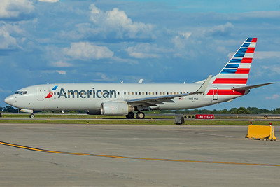 American Airlines Boeing 737-823 N854NN 7-4-18
