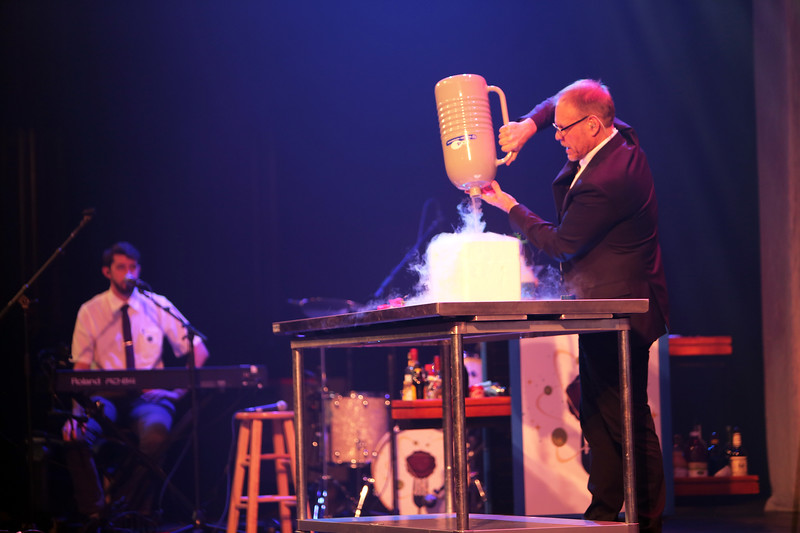 Alton Brown Live: Eat Your Science Tour