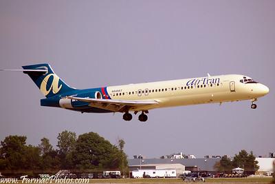 AirTranAirwaysBoeing717200N949AT_3
