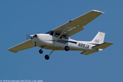 Cessna172SN88JA_55