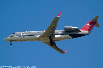 PinnacleAirlinesBombardierCL6002B19N8515F_21