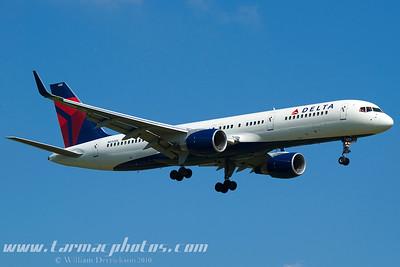 DeltaAirlinesBoeing757232N650DL_2