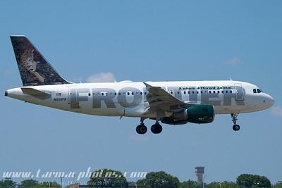 FrontierAirlinesAirbusA319111N928FR_3