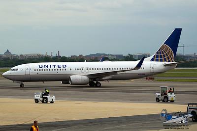 UnitedAirlinesBoeing737824N26226_2