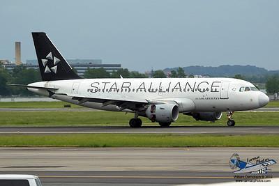 USAirwaysAirbusA319112N702UW_3