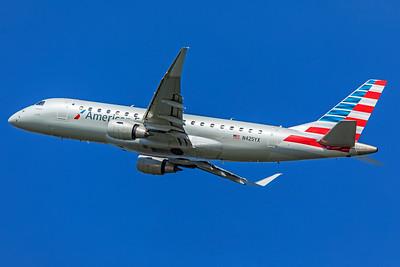 Republic Airways Embraer ERJ-170-200LR N425YX 7-10-18