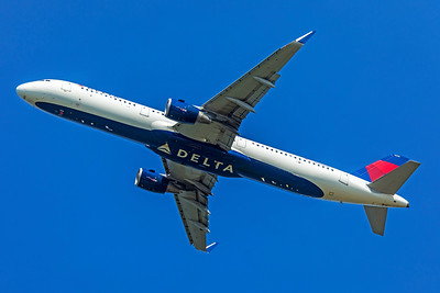 Delta Air Lines Airbus A321-211 N308DN 7-10-18