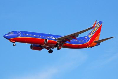 Southwest Airlines Boeing 737-8H4 N8319F 6-15-17