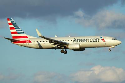 American Airlines Boeing 737-823 N966AN 10-5-16