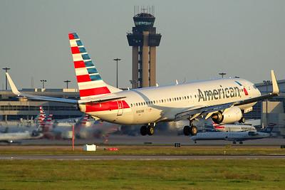 American Airlines Boeing 737-823 N980NN 10-5-16