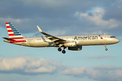 American Airlines Airbus A321-231 N135NN 10-5-16