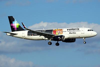 Volaris Airbus A320-233 XA-VOY 10-5-16