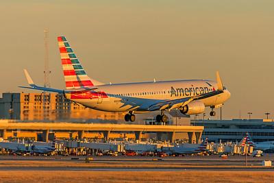 American Airlines Boeing 737-823 N882NN 12-10-17
