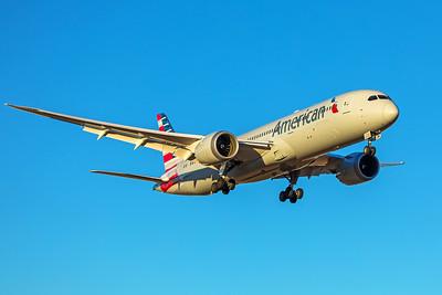 American Airlines Boeing 787-9 N829AN 12-10-17 2