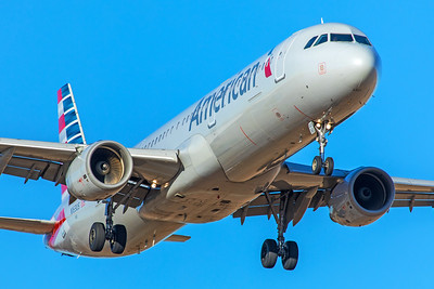 American Airlines Airbus A321-211 N163US 12-10-17