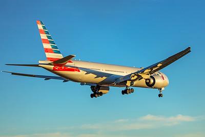 American Airlines Boeing 777-323(ER) N732AN 12-10-17