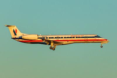 Envoy Air Embraer ERJ-140LR N831AE 12-10-17