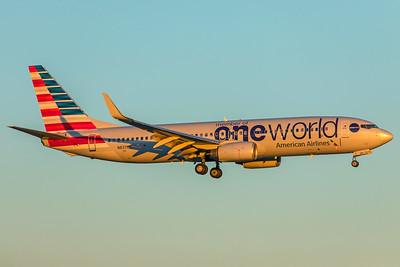 American Airlines Boeing 737-823 N837NN 12-10-17