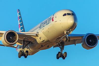 American Airlines Boeing 787-9 N829AN 12-10-17