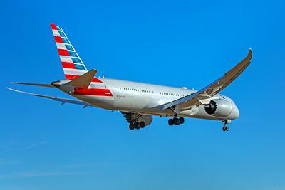 American Airlines Boeing 787-9 N828AA 12-10-17