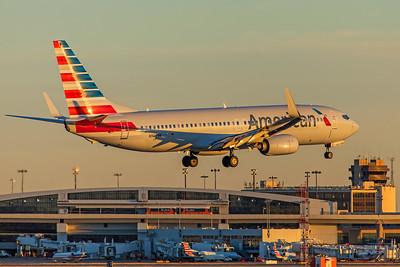 American Airlines Boeing 737-823 N902NN 12-10-17